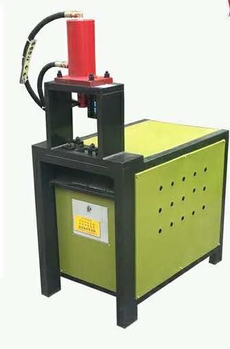 Станок для прокола фасонных отверстий в профильных трубах